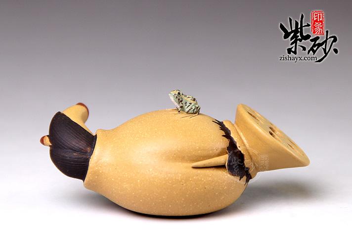 玉雕青蛙莲藕手把件